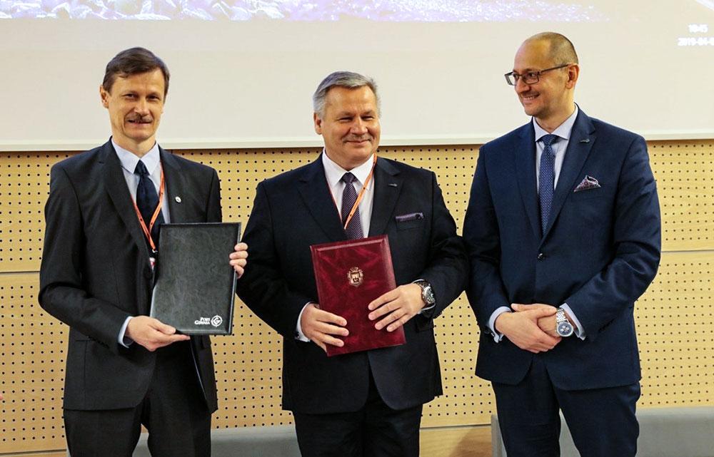 Підписано угоду про співробітництво з морським портом м.Гдиня